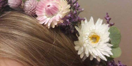 """Atelier """"Couronne de fleurs """""""