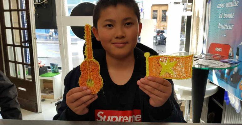 un atelier créatif de stylo 3D pour les enfants et les ados
