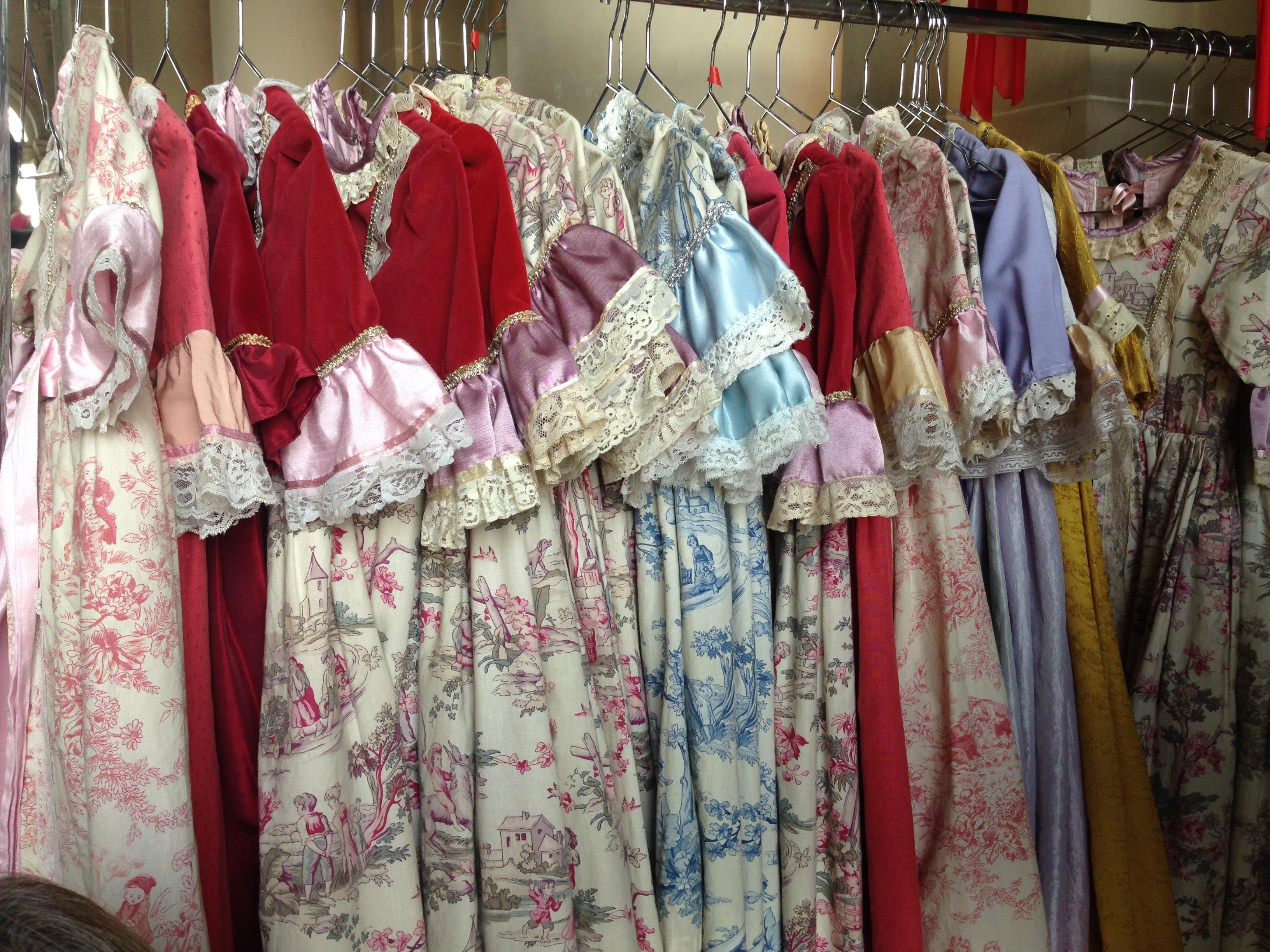 coup de coeur : les costumes pour les enfants à enfiler avant les visites