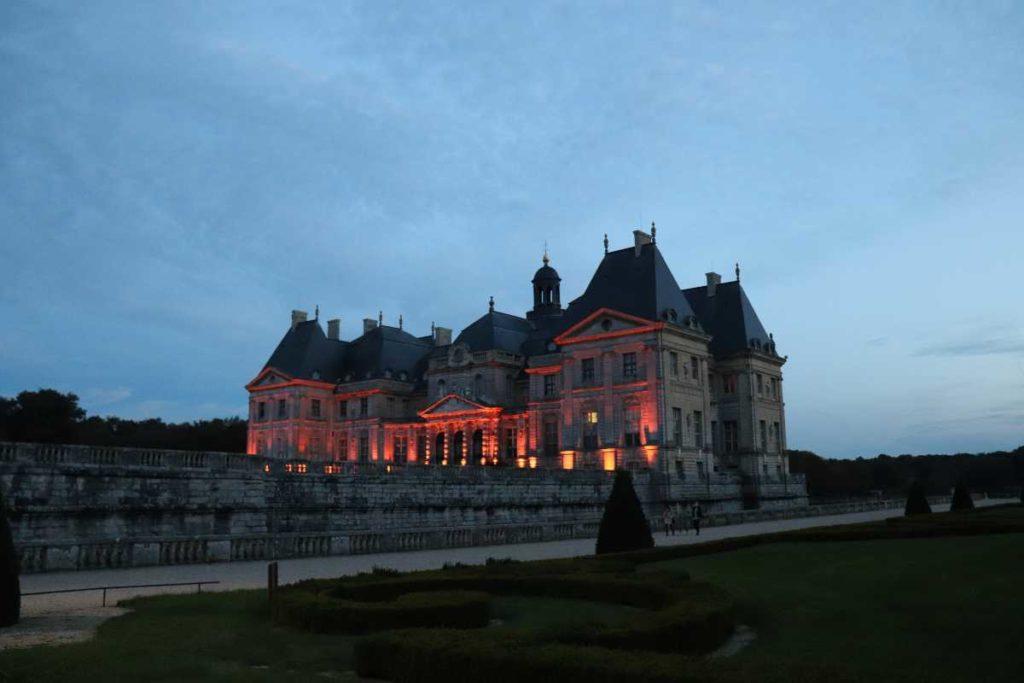la vue extraordinaire depuis le dome du chateau de Vaux-le-Vicomte