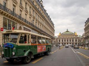 Vintage bus à Paris