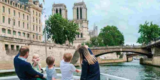 Special Family Cruise (Vedettes de Paris)