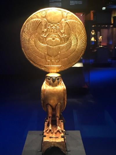 magnifique exposition sur les trésors du tombeau de Toutânkhamon