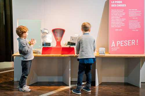 exhibition Contrasts, for children