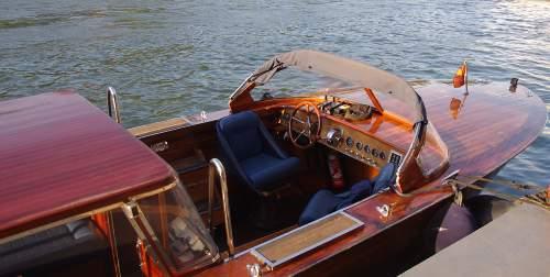 location bateau moteur paris