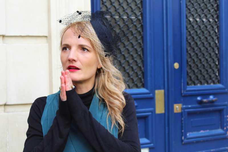 actrice de la visite enquête d'amour à Saint Germain des prés