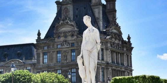"""La visite (jeu de piste) """"Mythologie aux Tuileries"""""""