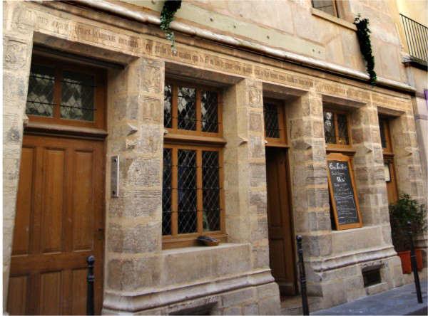 la maison de Nicolas Flamel dans la visite guidée sur le Paris des Alchimistes