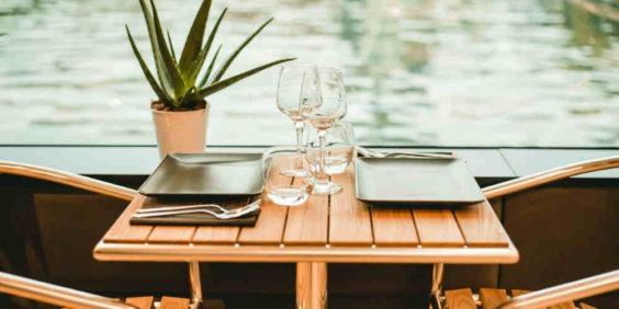 Déjeuner ou dîner italien sur la Seine