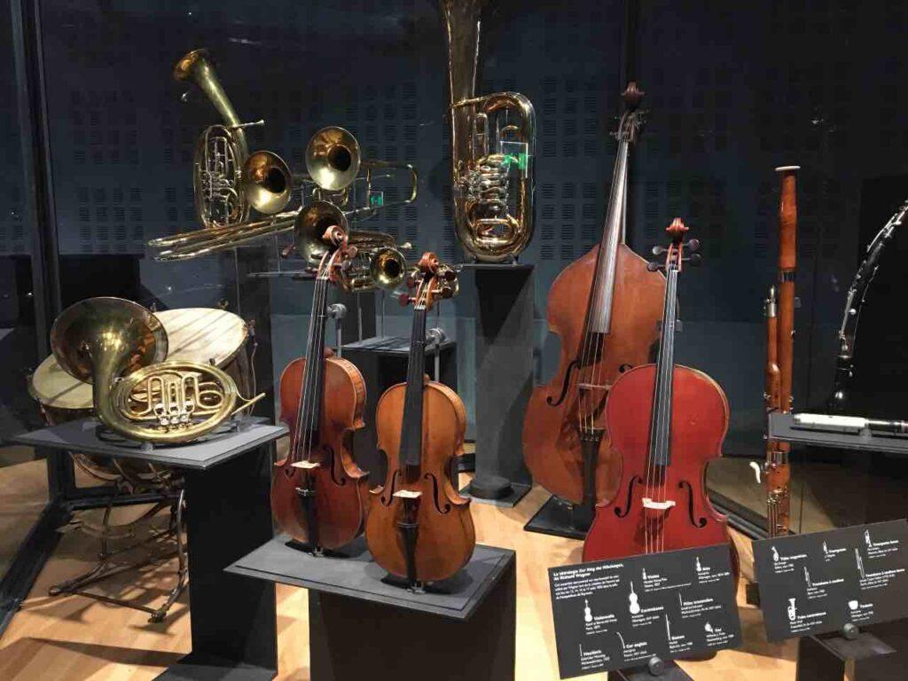 the music museum at the cité de la musique