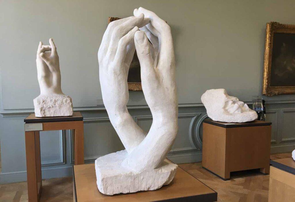 """sculpture de rodin """"les mains"""" au musée Rodin"""