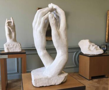 """Rodin's sculpture """"the hands"""" at the Rodin museum"""