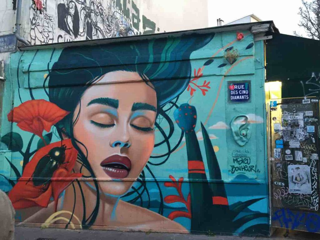 guided tour in paris on street art